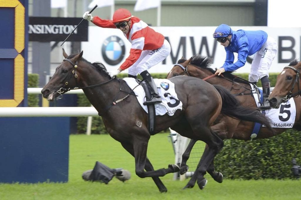 Mongolian Khan wins the 2015 Australian Derby