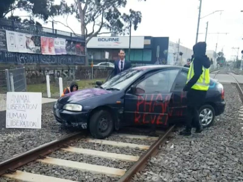 Car parked on railway tracks to disrupt trains to the Melbourne Cup