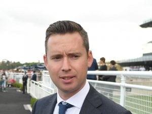 Echo Gem to extend stable's winning run