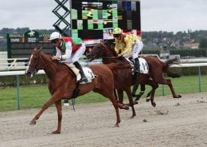 Club Chairman presents HKJC trophies at Deauville