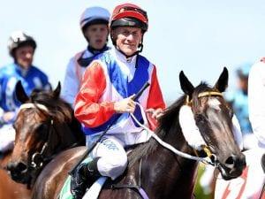 Jockey Jeff Lloyd confirms retirement