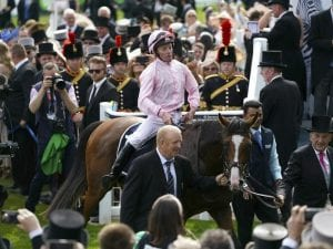 Anthony Van Dyck storms to Derby victory