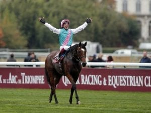 Enable digs deep for second King George