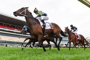 Incentivise wins Makybe Diva Stakes